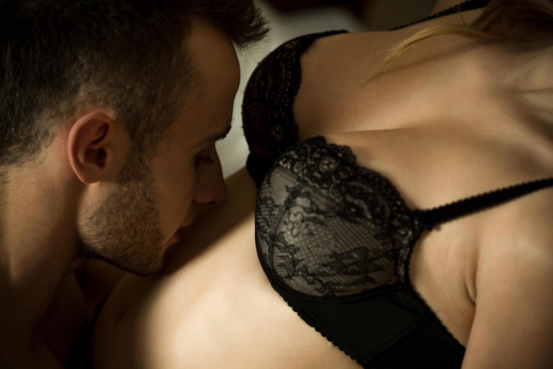 Küsse in der Liebesschaukel